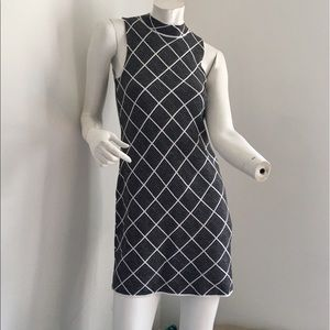 NWT Romeo + Juliet Couture Geo knit dress size Med